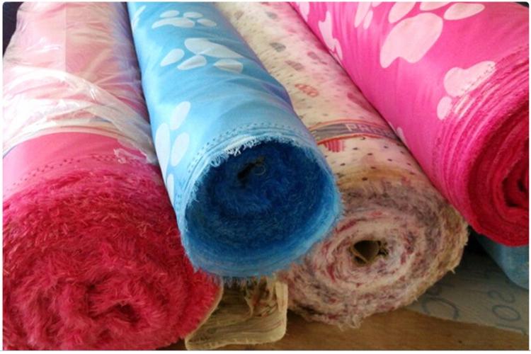 Đầy màu sắc thiết kế hot giá rẻ gấp vải lắp ráp phong cách nhựa vải tủ quần áo cho phụ nữ
