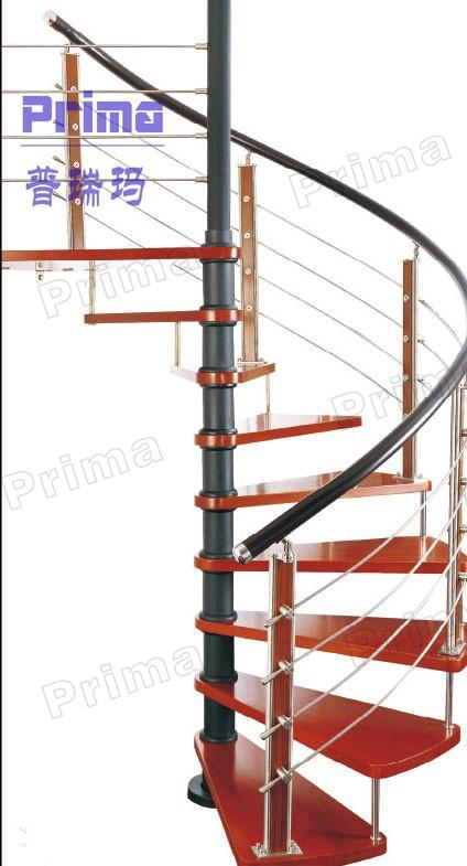 antique en bois escalier en colima on m tallique en fer. Black Bedroom Furniture Sets. Home Design Ideas