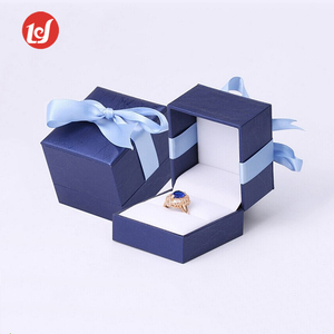 China manufacturers custom blue beauty jewelry box packaging gift