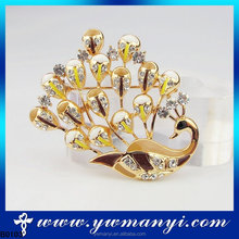 Latest excellent import product thailand jewel one jewellery peacock brooch for wedding dress B0103