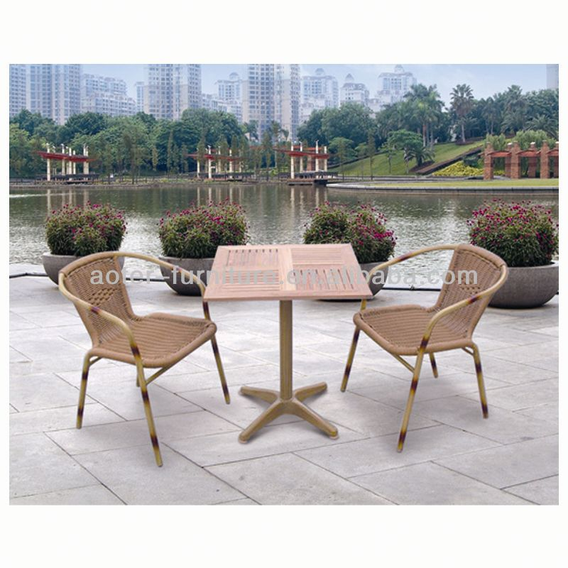 New design white wicker rattan dining set