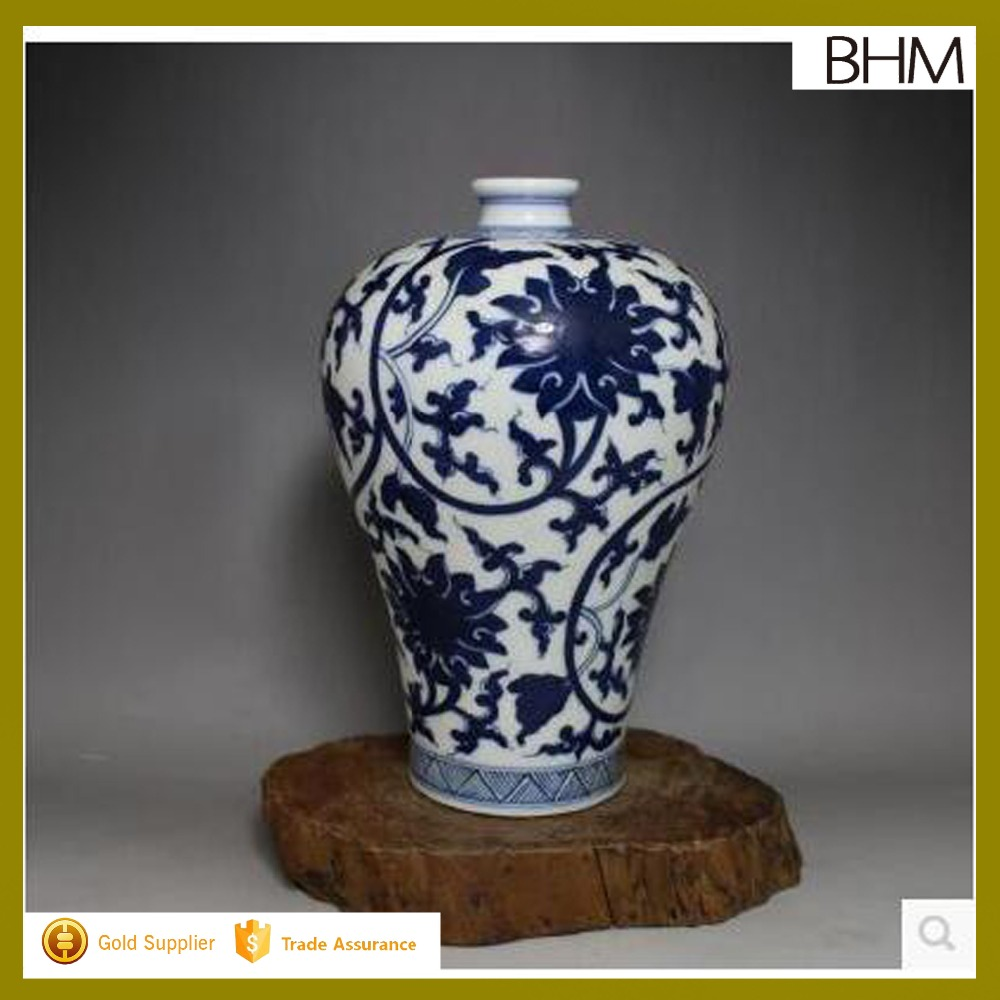 Qing Dynasty antique porcelain ceramic jingdezhen blue and white vase for collection