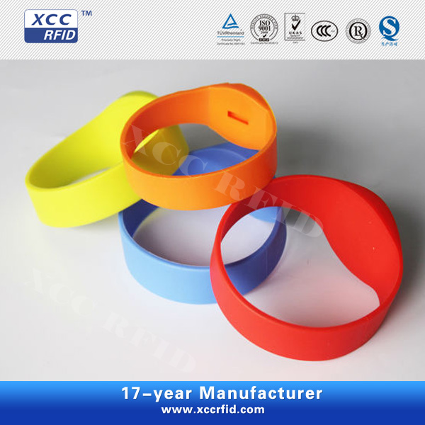 Fashionable RFID Silicone Wristbands for swimming pool
