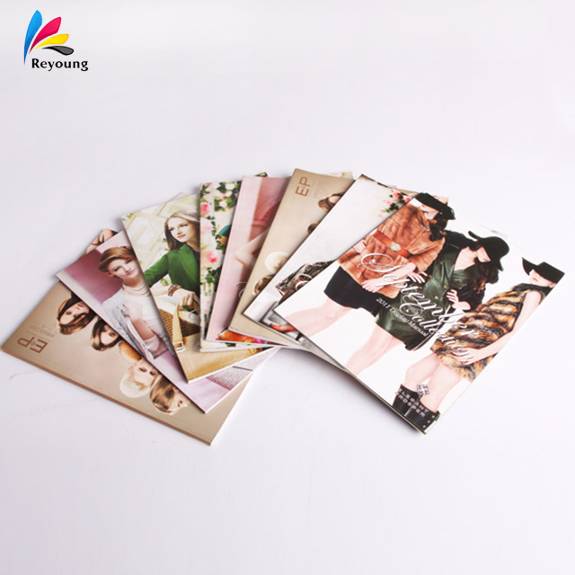 customized color recyclable paper cheap adult comic magazine printing