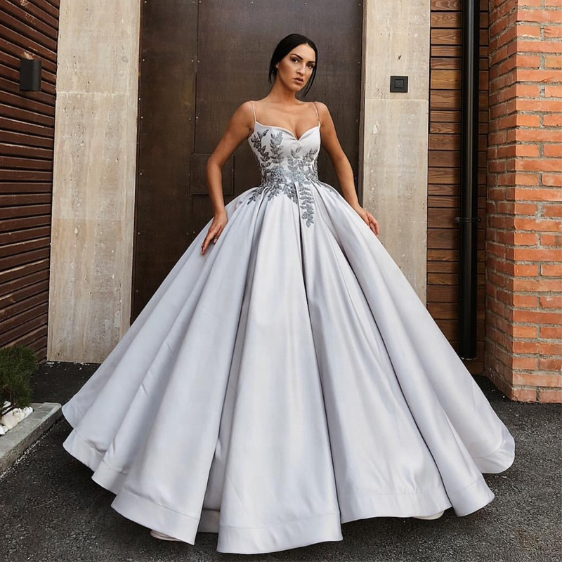 Glamorous Satin Evening Dress with Beaded Floral Embroidery Womens Spaghetti Strap Formal Gown 2019 Prom Dresses robe soiree