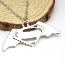 free shipping DC Superhero Marvel Jewelry Collection Superman Batman Metal Pendant Necklace