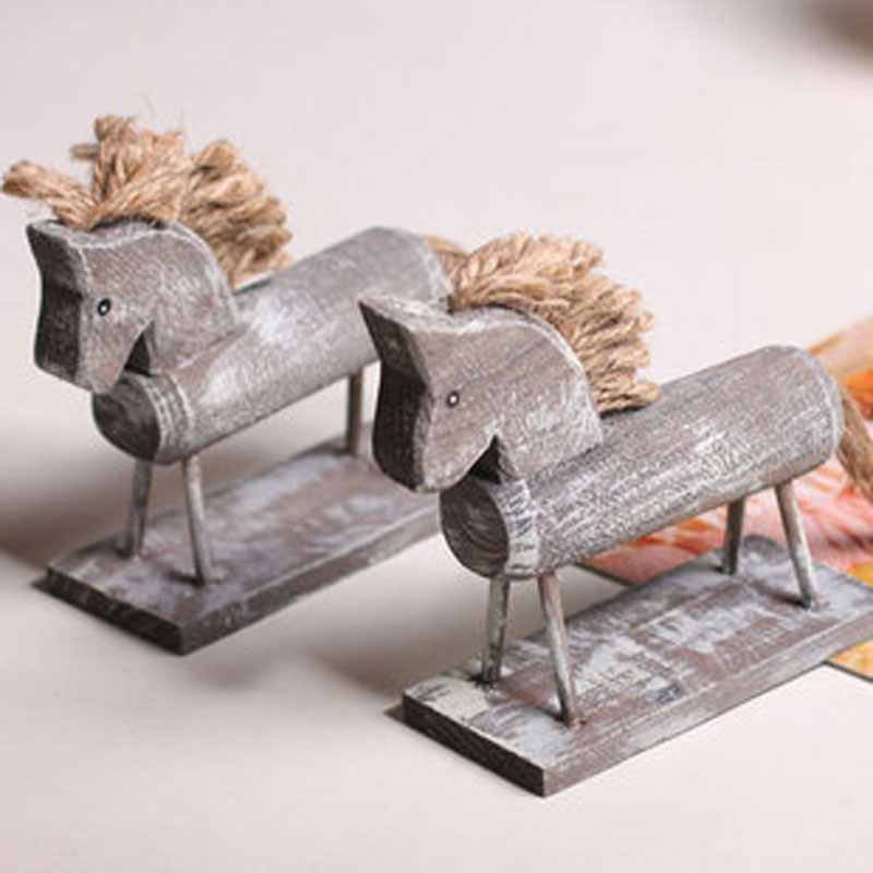 Free shipping The retro log rural <font><b>home</b></font> furnishing ornament Fu Shide horse <font><b>decoration</b></font> wood / holiday gifts <font><b>Home</b></font> <font><b>Decoration</b></font> Crafts