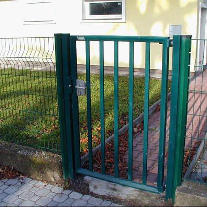 Recinzioni Per Giardino Casa.Casa Di Ferro Cancello Di Disegno E La Scuola Cancelli Disegni