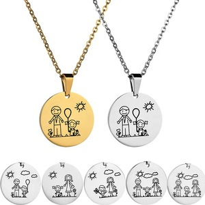 Customized Round Pendant engraving custom hot family father + mother + daughter family round pendant necklace