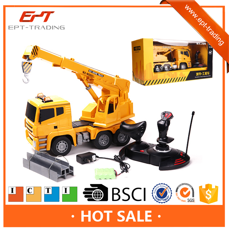 Top quality 1 18 5CH 4X4 rc tow trucks for sale