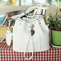 2012 Korean the new European and American style big beige yellow bucket bag retro British female Shoulder Messenger bag