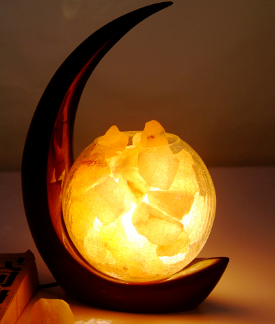 Himalayan rock salt lamp ,chunks with basket ,fashion style , home decoration