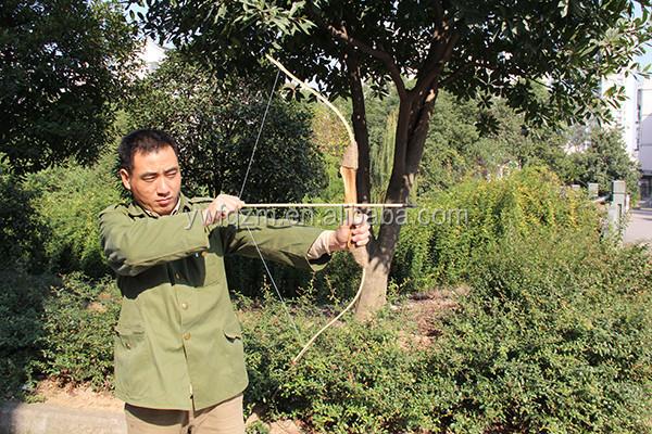 2aacca191 China Barato Crianças Caça Arco E Flecha De Madeira Profissional ...