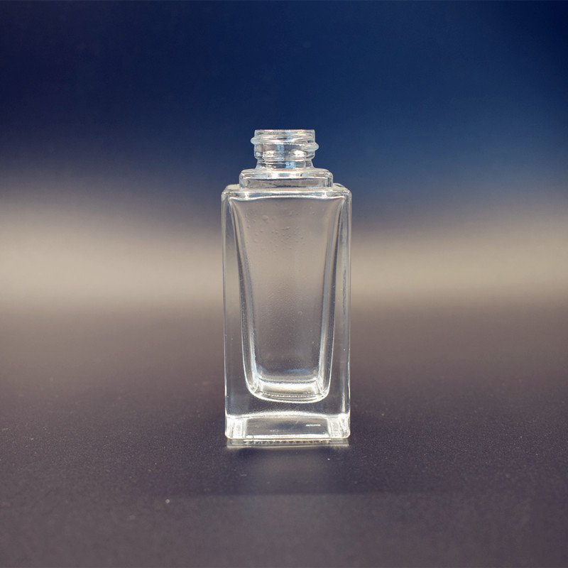 Wholesale luxury 30ml empty cosmetic square glass powder dispenser bottle