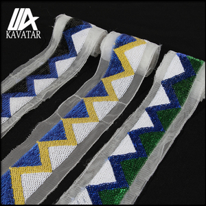 2018 Popular triangle sequin motif trim decoration lace