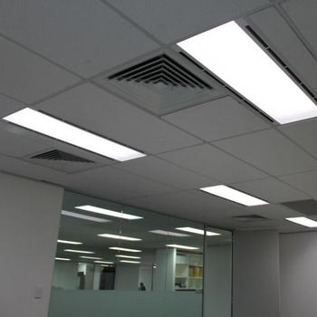 Pannelli di illuminazione a LED 300 x 1200 Plafoniere sospese Griglia Di Soffitto Confezione da 4