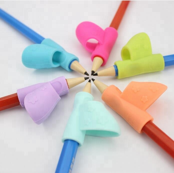 3pcs in a box silicone ergonomic rubber correct pencil grip holder / writing claw for kids handwriting pencil grippers