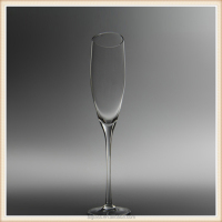 clear handmade champagne drinking glasses in china
