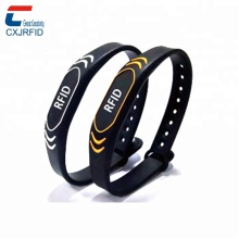 <span class=keywords><strong>Rfid</strong></span> Siliconen Sportief Band Ring <span class=keywords><strong>Armband</strong></span> <span class=keywords><strong>RFID</strong></span>/NFC slimme band Voor Gym Sport Evenement Running