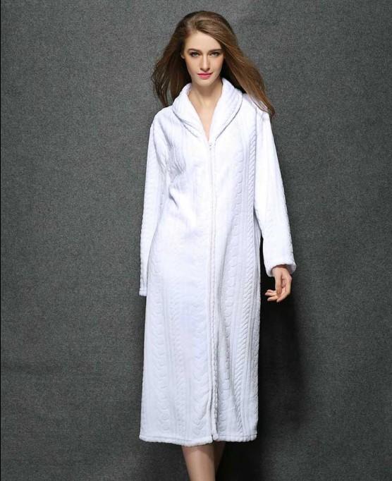 la mode des robes de france robe de chambre longue coton. Black Bedroom Furniture Sets. Home Design Ideas