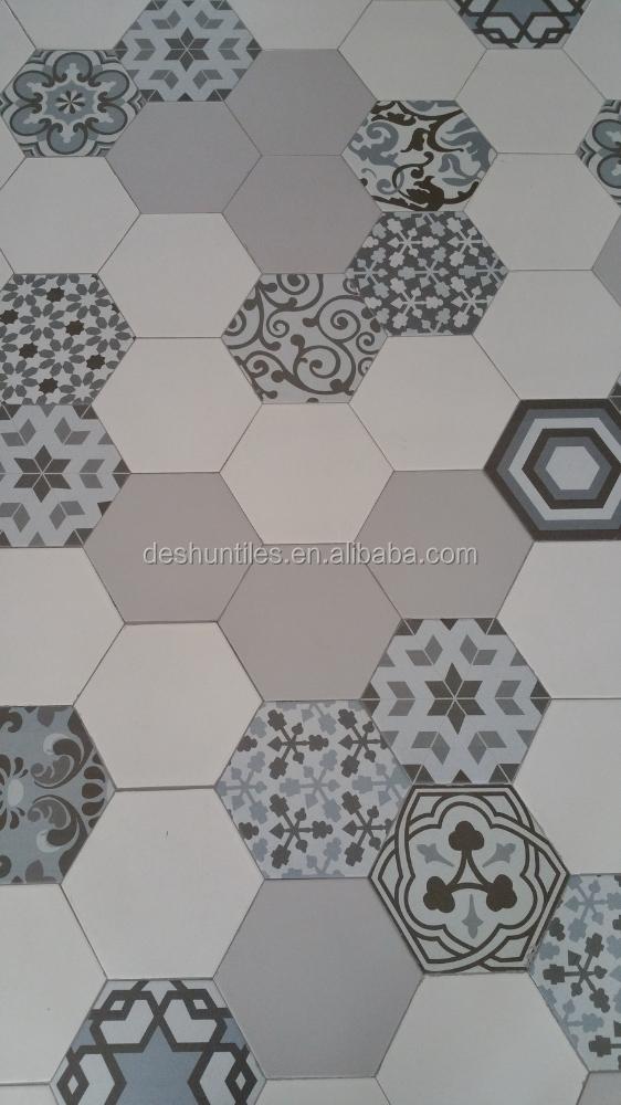 carrelage hexagonal couleur fabulous carrelage hexagonal salle de bain rtro en blanc et noir. Black Bedroom Furniture Sets. Home Design Ideas