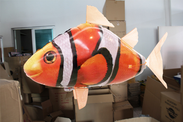 NEW Remote Control Flying Fish Inflatable Toy Sky Swimmers . Funny RC Model