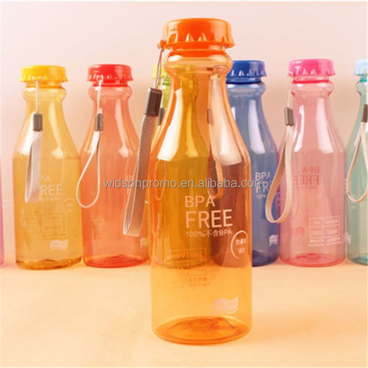 2018 original New coming plastic water bottle in different shapes
