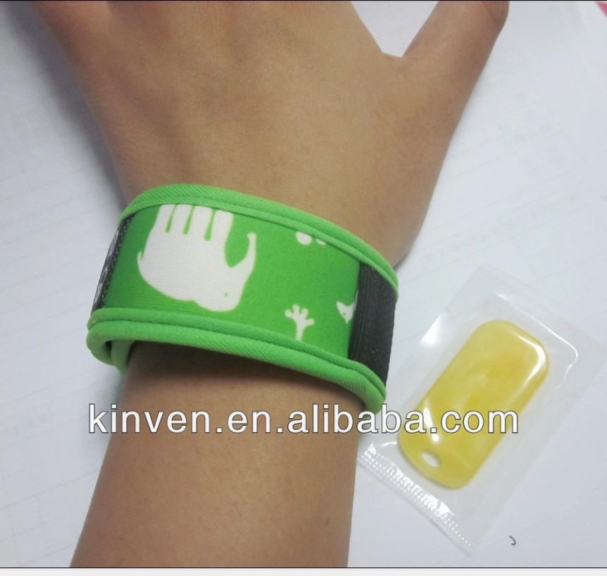 Mosquito repellent wristband(2 pcs active pellets included)