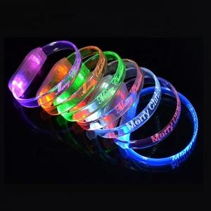 Small Order 100pcs Glow In The Dark Party Supplies Led Flashlights Wristband