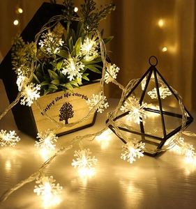 Outdoor Indoor Wedding Xmas Party Decorative Warm White Crystal Snow Flakes LED Battery Operated Fairy String Light