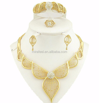 big golden jewelry set graceful fashion design costume