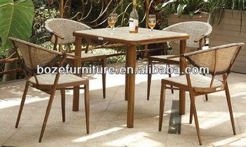 Tavoli E Sedie Stile Vintage.Stile Vintage Di Bambu Come Patio Tavolo Da Pranzo Disegni Quattro