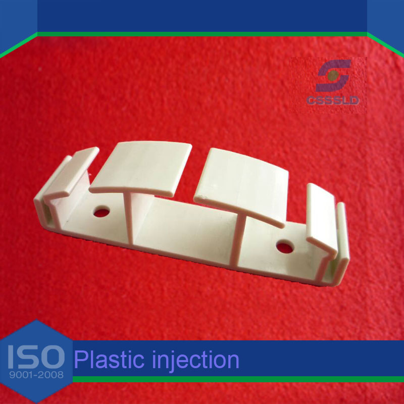 Aviation injection molding component