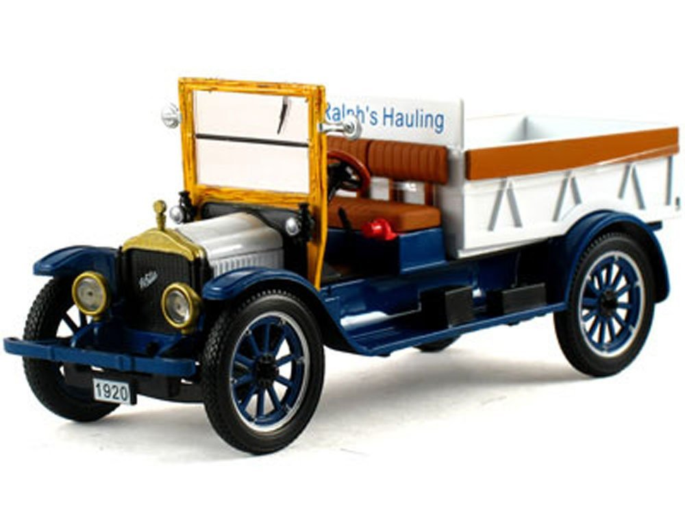 1920 Pickup Truck White 1/32 by Signature Models 32393