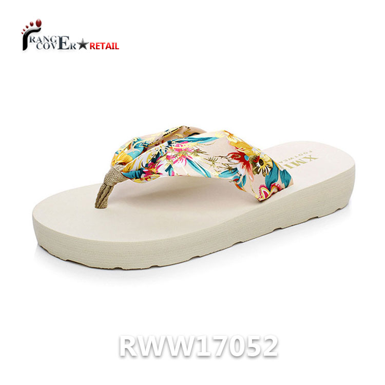 2017 Hot Sale Colorful Silk Fabric Flip Flop Satin <strong>Slippers</strong> New Stylish Shine Women Girls Leisure Sandals