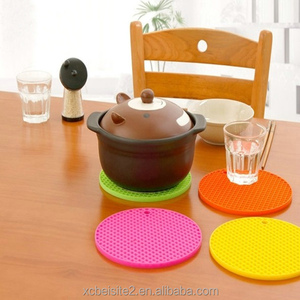 M090 Creative drink candy-colored waterproof mat heat pad silicone mat cushion pans custom heated custom rubber mat