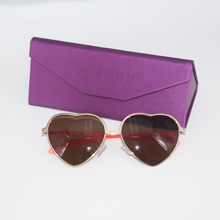77da7647f على الانترنت التسوق شحن مجاني الشمس نظارات الجملة 2019 البلاستيك والمعادن  مخصص الحلو لطيف المرأة القلب