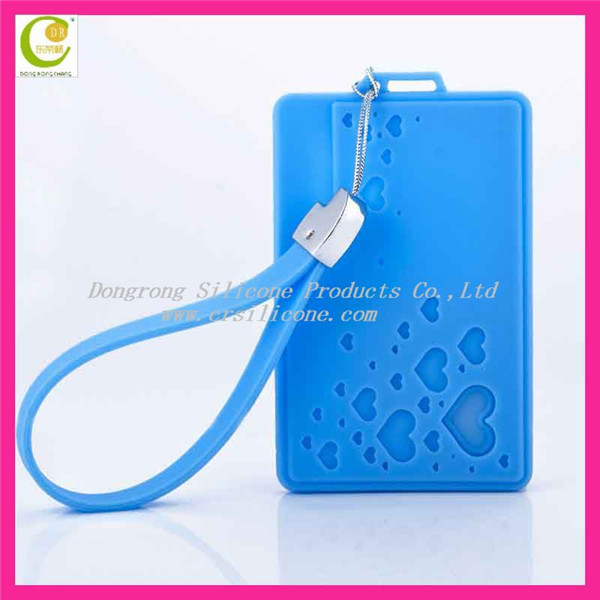 Manufacturer offfer 100% key ring bags silicone key bag for key and coin for promotion