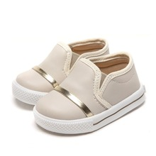 Soft leather plain style skin friendly flat casual children baby shoes