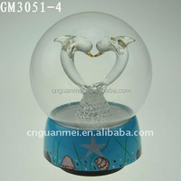 Popular Lovely Gifts for Friends, Glass Ball with Music and Dolphins Inside
