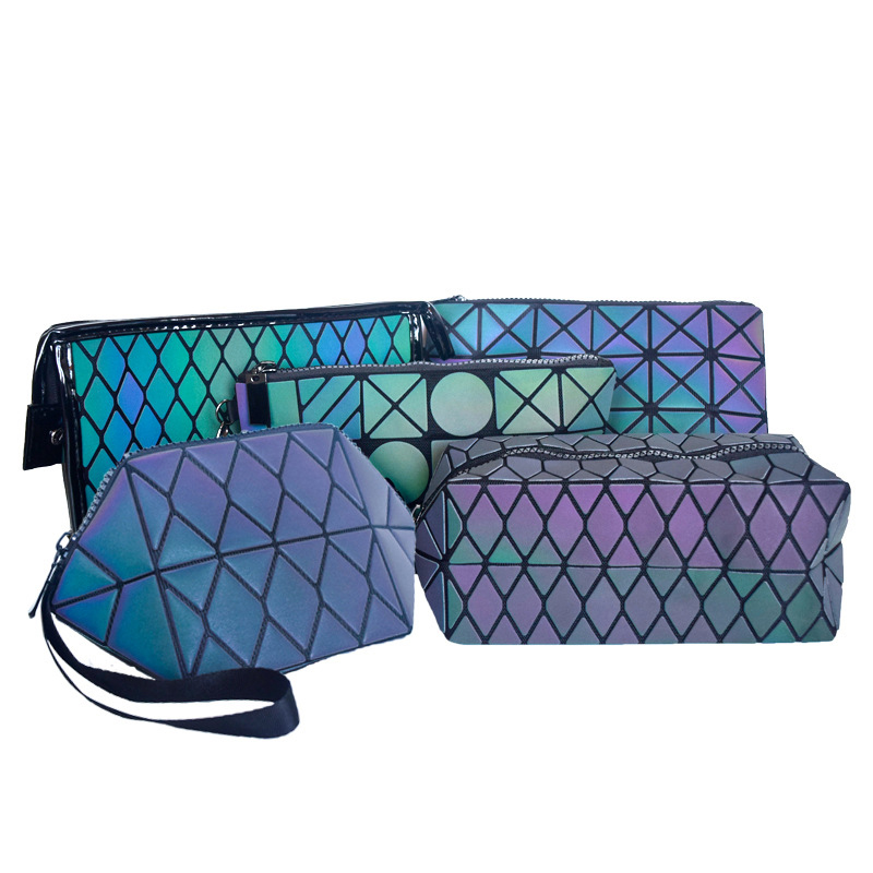 Luminous appearance creative laser glitter pu makeup pouch bag <strong>cosmetic</strong>