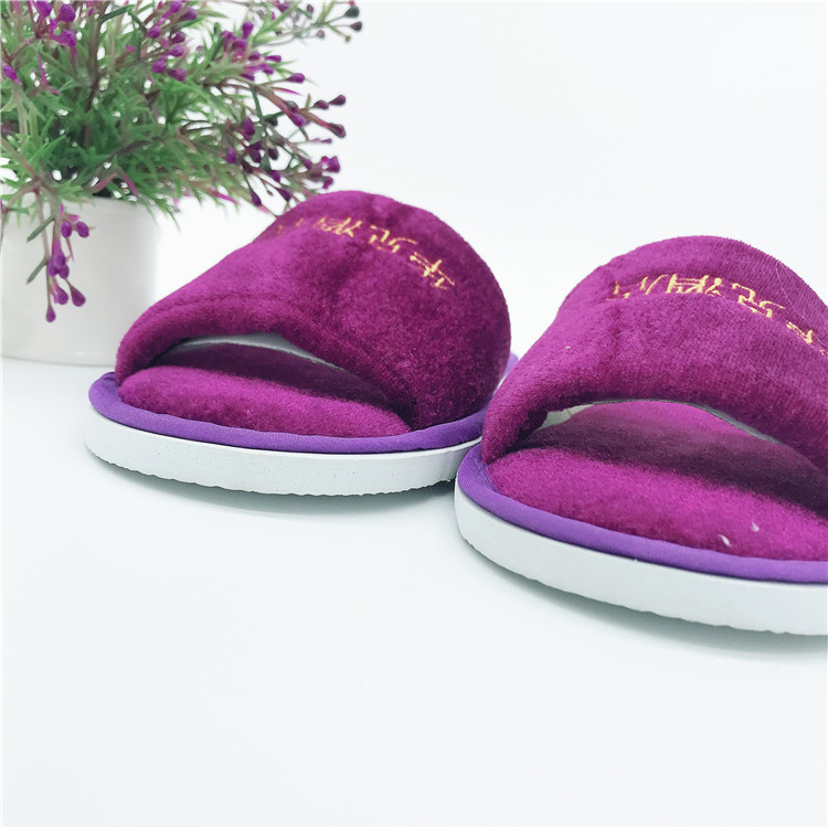 Good quality anti-slip sole disposable coral velvet hotel slippers for 5 star hotels