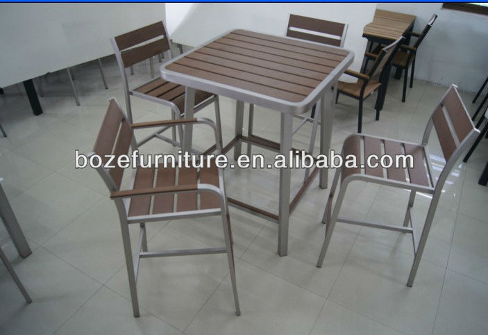 Wooden high stool chair with high bar table used in bar and bistro furniture