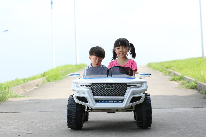 Ying Hao 12V Electric Ride On Car Jeep For 3-8years Kids with 2 Seats