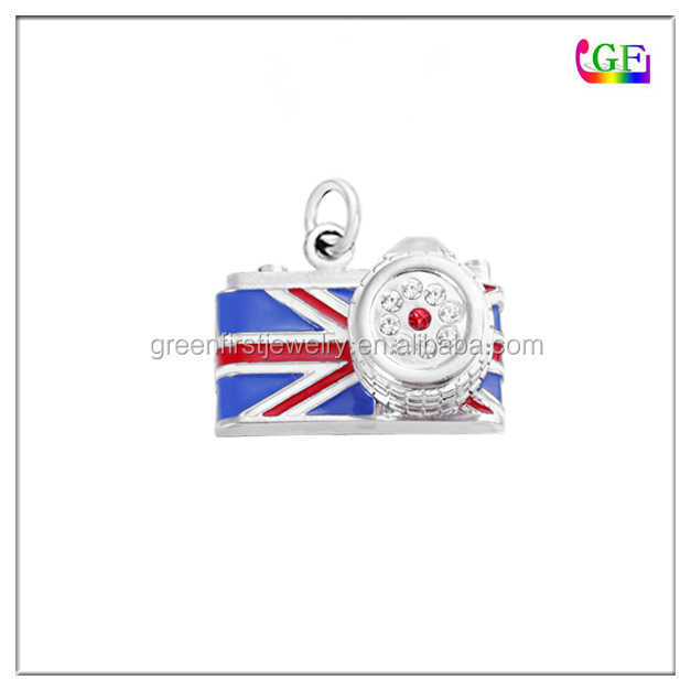 Silver plated camera country flag pendant
