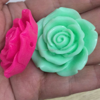 Wholesale 15MM 18MM 42MM Resin Gorgeous Rose Flowers Beads Loose Spacer Beads Charms flatback Cameo Scrapbook for Craft