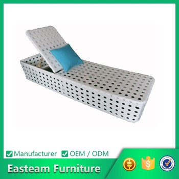 Zwembad meubilair rotan daybed wit plastic zwembad lounge for Zwembad plastic