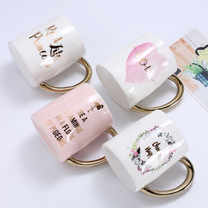 Factory wholesale elegant fancy mug coffee ceramic drinkware type mug with golden handle
