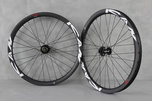 Carbon Fiber Bike Wheelset 26er clincher and 32/32H Spoke Hole mtb 26 carbon wheelset