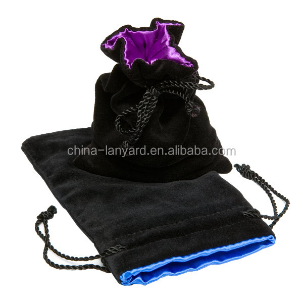 2020 Customized Satin Lined Velvet Pouches